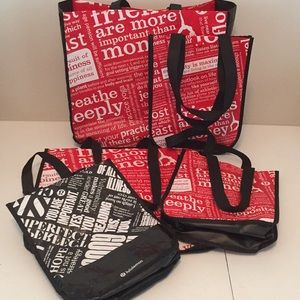 Bundle of Lululemon totes